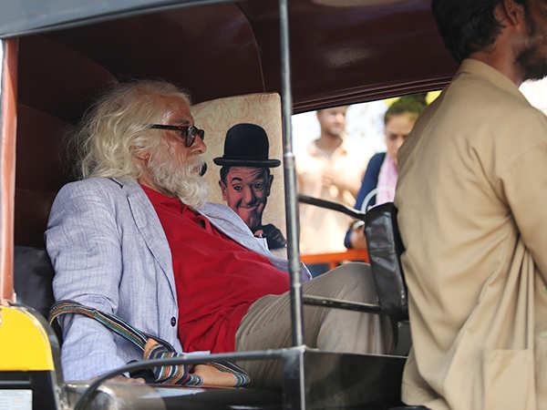 Amitabh Bachchan snapped in a rickshaw