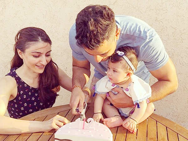 Aww! Soha Ali Khan and Kunal Kemmu celebrate daughter Inaaya's half-birthday