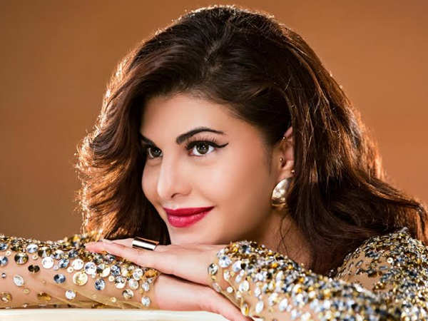 Jacqueline Fernandez goes house-hunting in Mumbai