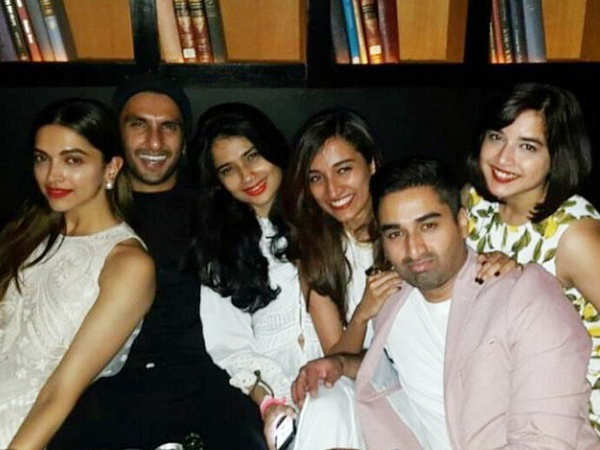Check out this throwback photo of lovebirds Deepika Padukone & Ranveer Singh chilling together