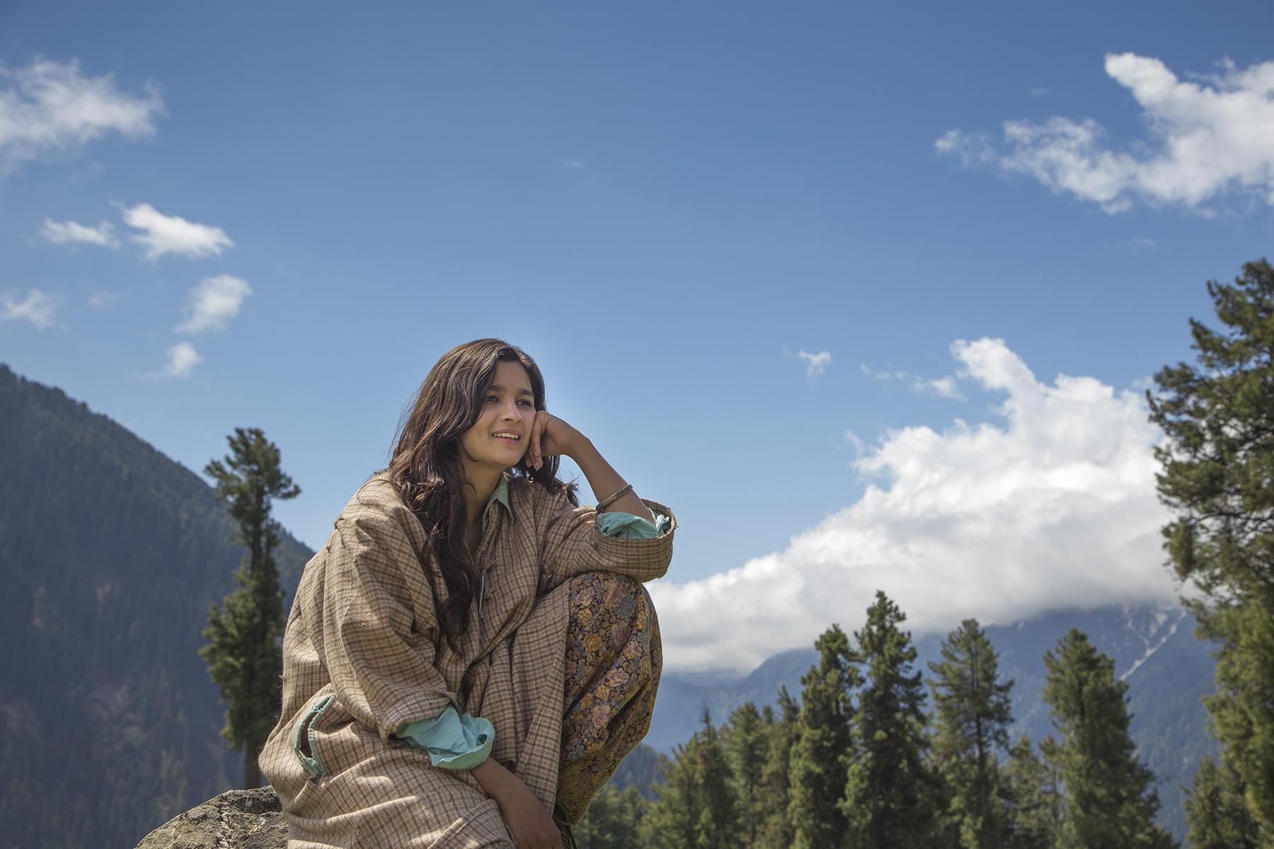 Recent Films That Were Shot In Kashmir  Filmfarecom-2596