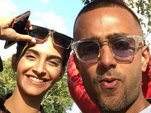 This is what Anand Ahuja gifted Sonam Kapoor when he proposed her