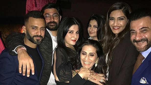 Sunita Kapoor - Sonam Kapoor