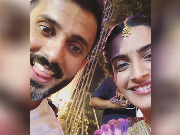 Post official announcement, Anand Ahuja promises to keep Sonam Kapoor happy