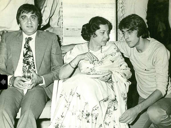 Sanjay Dutt gets emotional on Nargis Dutt's 37th death anniversary