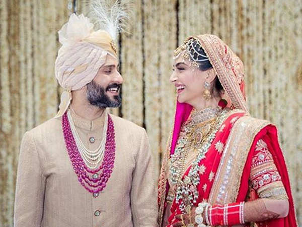 First Picture: Newlyweds Sonam Kapoor and Anand Ahuja look madly in love