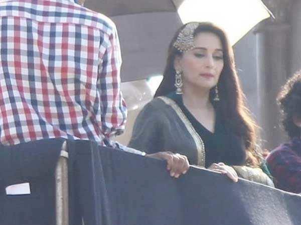 Madhuri Dixit-Nene spotted on the set of Kalank