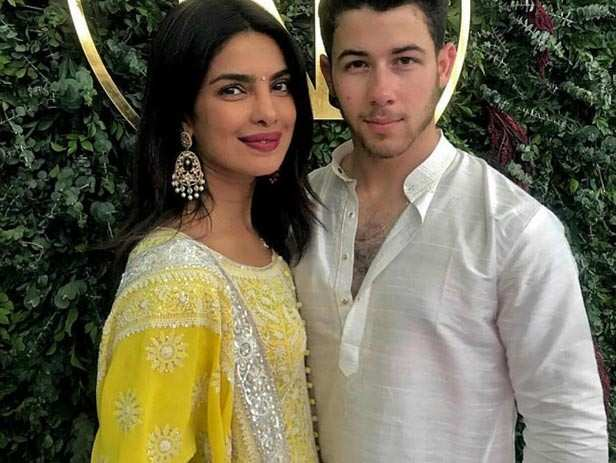 Priyanka Chopra, Nick Jonas, Thanksgiving, NickYanka