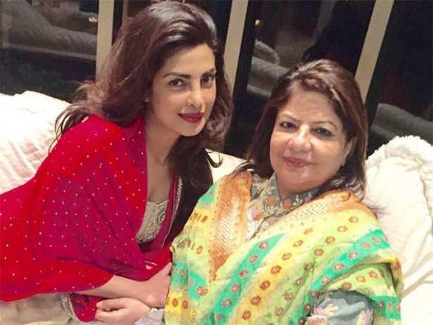Priyanka Chopra, Nick Jonas, Nickyanka, Madhu Chopra, Filmfare