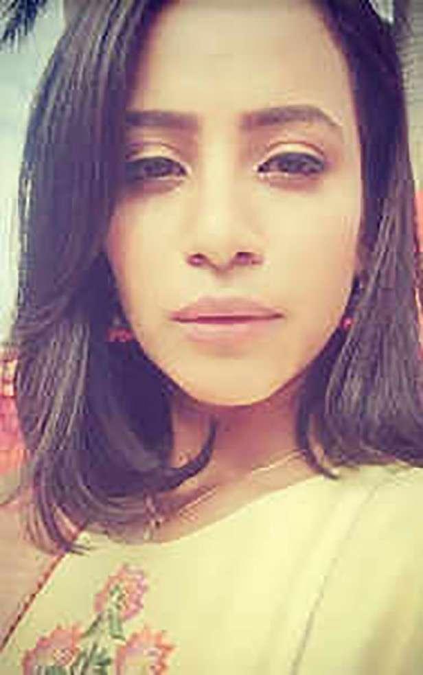 Vicky Sidani, Kritika Sharma