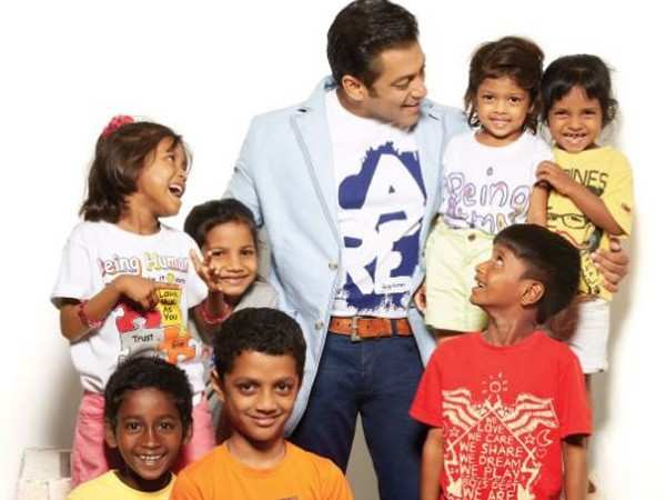 Watch this! Salman Khan meets a little fan suffering from cancer