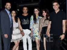 Spotted! Akshay Kumar, Twinkle Khanna, Tanya and Bobby Deol