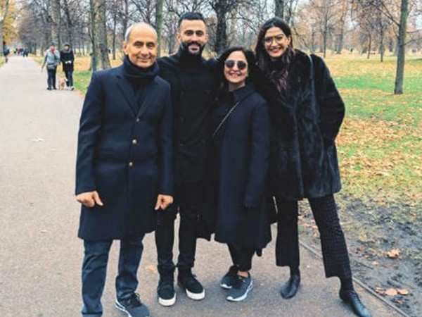 Photos: Sonam Kapoor and Anand Ahuja enjoy their fam time in London
