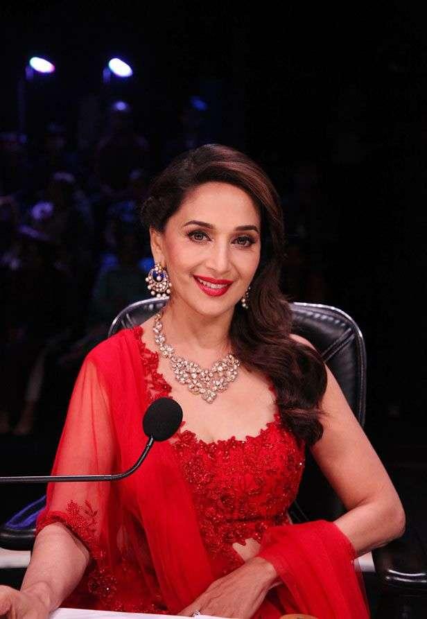 Amitabh Bachchan, Madhuri Dixit, Anil Kapoor