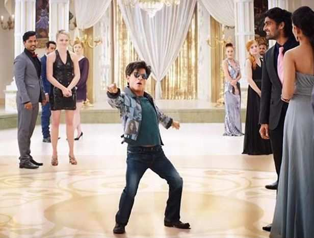 Shah Rukh Khan enjoys a fun banter with Bauua Singh from Zero
