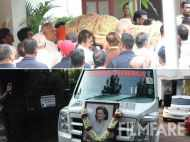 Krishna Raj Kapoor's mortal remains being taken to the Chembur crematorium