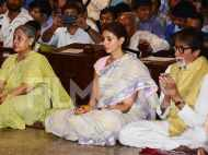 Amitabh, Jaya and Shweta Bachchan celebrate Navratri in Mumbai