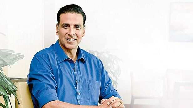 Bollywood showers love on Khiladi Akshay Kumar on his 51st birthday