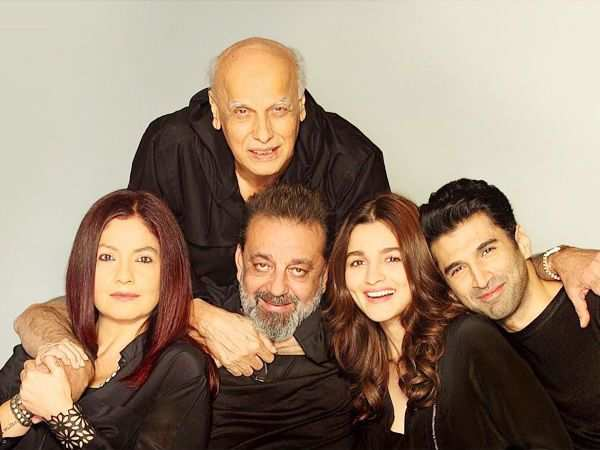 Alia Bhatt announces Mahesh Bhatt's return as a director with Sadak 2