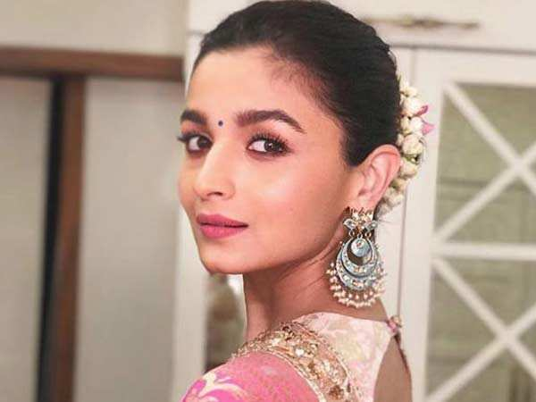Alia Bhatt to start shooting for Sadak 2 in May