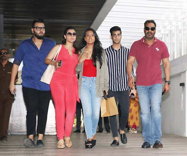 Ajay Devgn and Kajol's daughter Nysa recently turned 16 and people have already started talking about her Bollywood debut. Though a lot of star kids have been questioned about this and so have their parents, Kajol did not seem too happy with the conversation. Recently, at an event, when the actress was asked about Nysa's debut, she said,