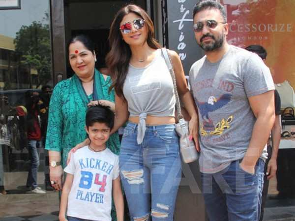 Photos: Shilpa Shetty enjoys the perfect Sunday lunch with