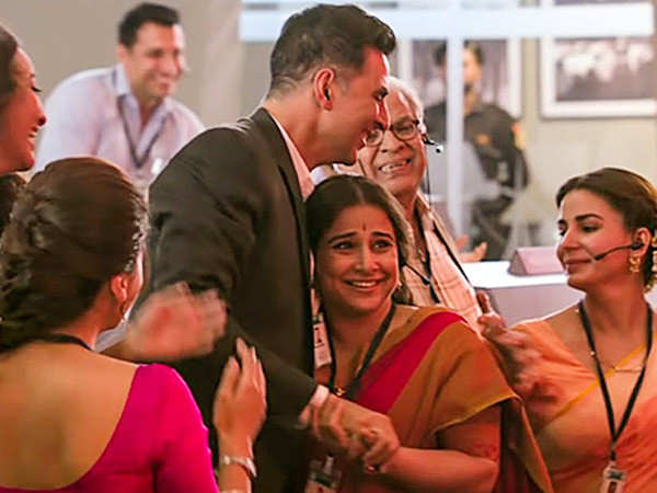 Mission Mangal continues its glorious run at the box-office