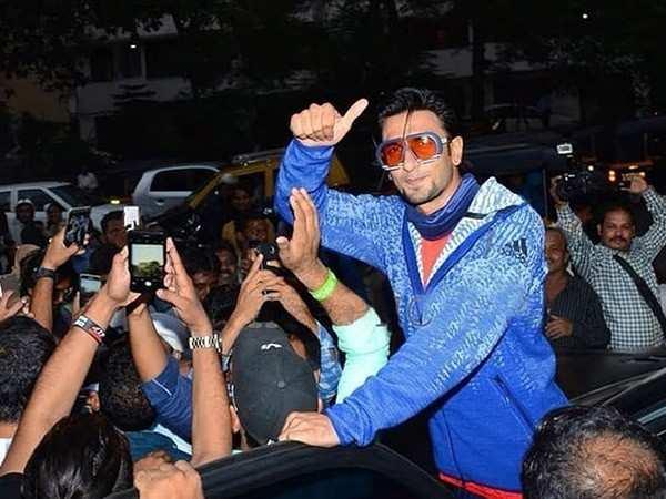 Crowds go crazy as Ranveer Singh shoots in London