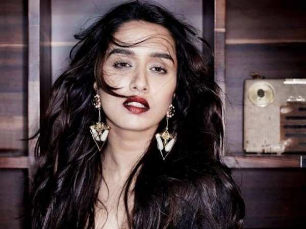 Shraddha Kapoor to play the role of an air hostess in Baaghi 3?