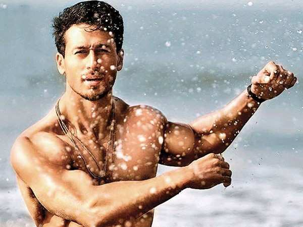 Tiger Shroff has the funniest reaction to the Mumbai rains
