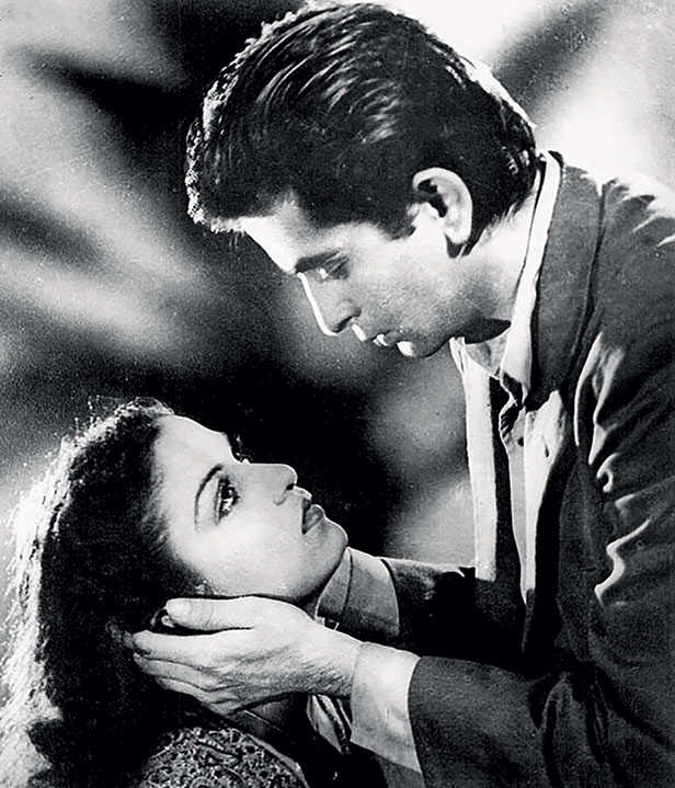 Birthday Special! Romance icon Dilip Kumar's most famous onscreen pairings  | Filmfare.com