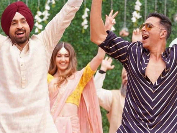 Here's how Diljit Dosanjh broke the ice with Akshay Kumar on the sets of Good Newwz
