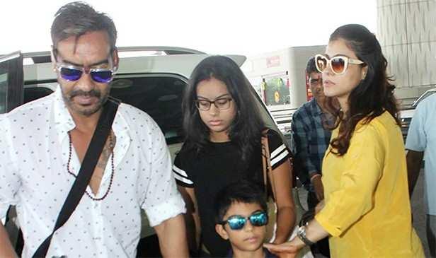 Ajay Devgn, Kajol, Nysa Devgn, Yug Devgn, Filmfare