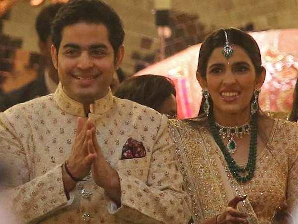 All deets about Akash Ambani and Shloka Mehta's March wedding
