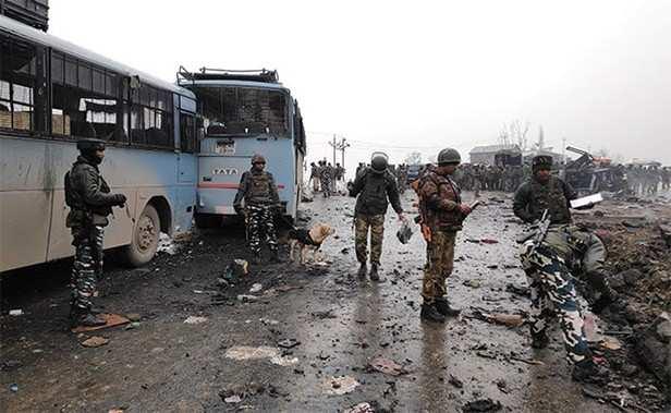 Amitabh Bachchan, Filmfare, Pulwama Terror Attack