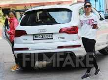 Kareena Kapoor Khan and Amrita Arora look fabulous hitting the gym