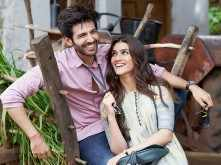 Duniya from Luka Chuppi is sure to put you in a romantic mood