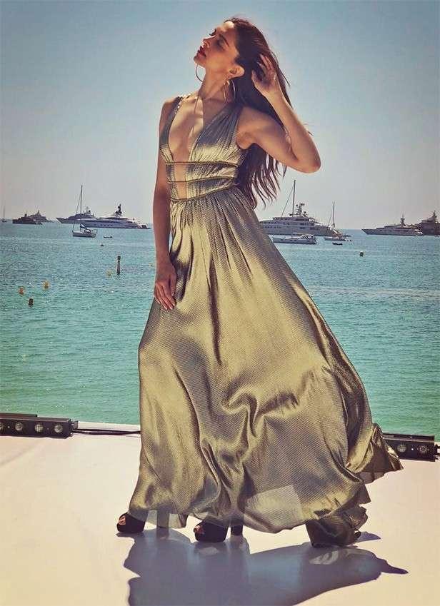 Deepika's 15 best looks of 2018