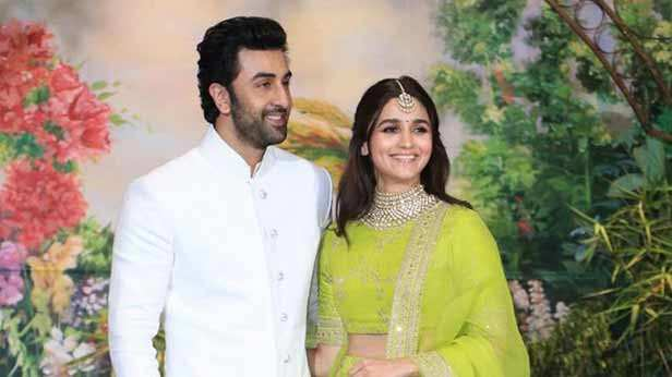 Alia Bhatt can't stop blushing when teased about beau Ranbir Kapoor