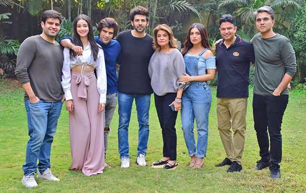 Kartik Aaryan, Bhumi Pednekar & Ananya Panday to star in Pati Patni Aur Woh