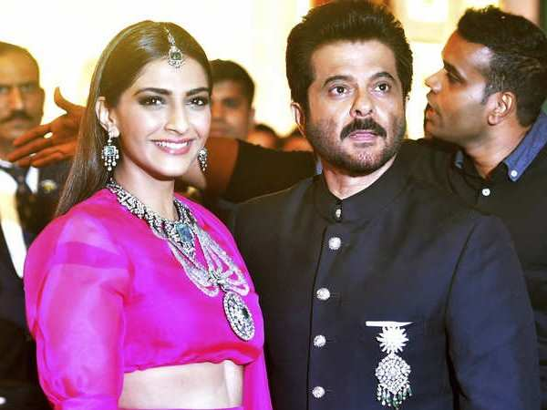 Sonam Kapoor celebrates 40 years of Anil Kapoor in the movies