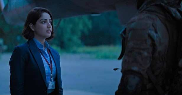 Vicky Kaushal and Yami Gautam starrer Uri: The Surgical Strike is the first film to enter the Rs 100 crore club this year. And now the film is heading towards the Rs 200 crore club. During the third week of its run at the theatres Uri earned Rs 4.40 crore on last Friday, Rs 9.75 crore on Saturday, Rs 9.20 crore on Sunday, Rs 3.40 crore on this Monday and Rs 3. 32 crore on Tuesday making the grand total till date an impressive Rs 164.10 crore. The film has also earned around Rs 23 crore in the international circuit. Directed by debutant Aditya Dhar, this one is definitely a big hit which has also received appreciation from the audience as well the critics.