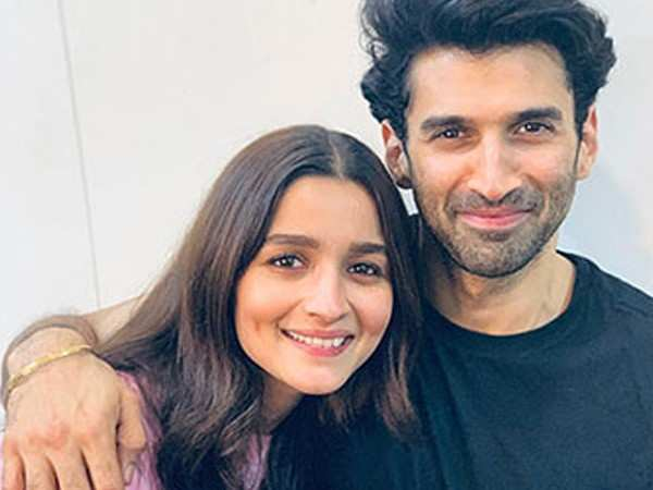 Alia Bhatt and Aditya Roy Kapur to shoot for Sadak 2 next week