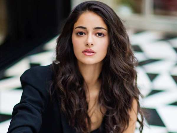 Ananya Panday gets trolled for a spelling mistake