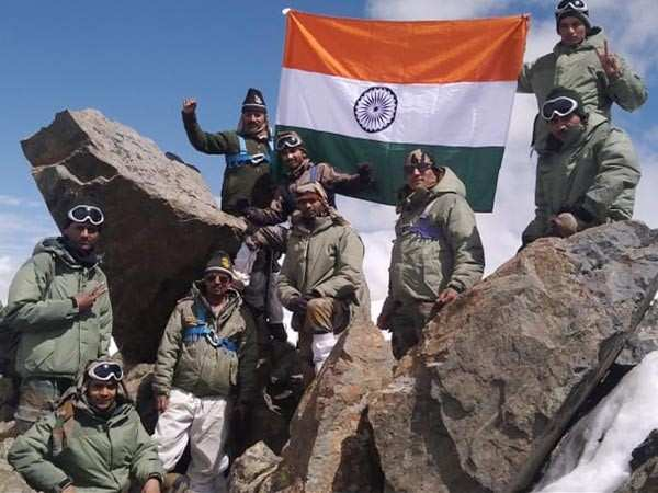 Kargil Vijay Diwas 2019: Bollywood celebs pay tribute to the brave hearts