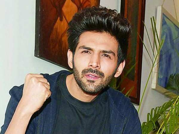 Another newcomer accepts having a crush on Kartik Aaryan