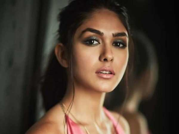 Mrunal Thakur talks about the Vikas Bahl controversy surrounding Super 30
