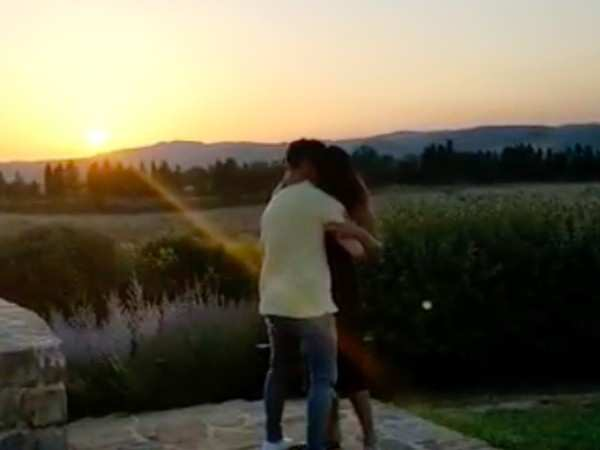 Video: Priyanka Chopra and Nick Jonas dance in the Tuscany twilight