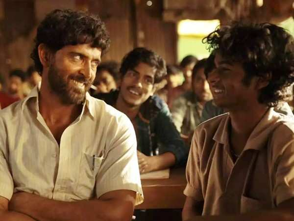 Super 30 maintains a good hold on the box-office during its second week
