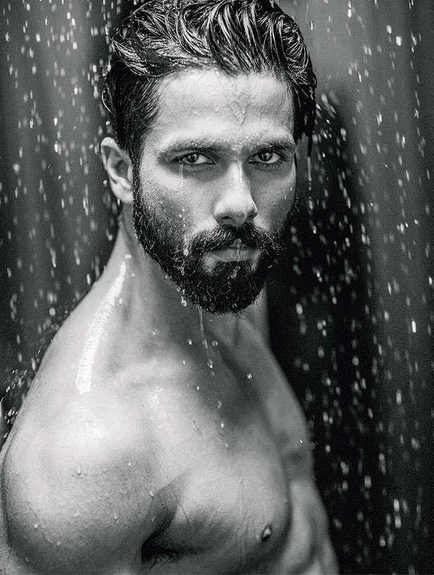 10 most popular Bollywood stars on social media